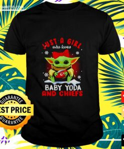 Just A Girl Who Loves Baby Yoda Wear Polka Dot Red Bow And Chiefs Ball t-shirt