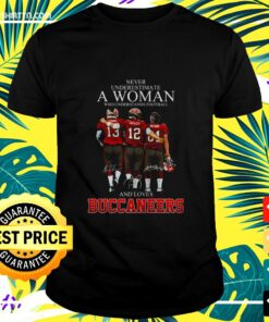 Men's Never understimate a woman who understands football and loves Buccaneers t-shirt